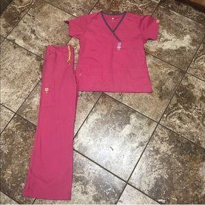 New wonderwink Scrub Set size small pink